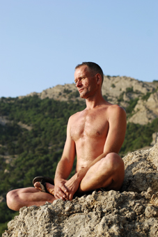 Male Tantra for Men - Naked yoga for straight, gay, bi